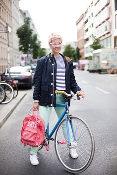 lt 3 Outfit  Casual + Fjallraven Backpack Cycle Chic 6542e52a34cec