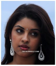 richa gangopadhyay | Check out south indian actress richa gangopadhyay in designer diamond ...