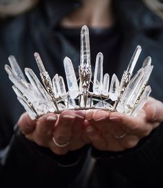 crown - are tiara girls (LOL)! Crystal Crown, Ice Queen, Snow Queen, Tiaras And Crowns, Headdress, Jewelry Accessories, Bride Hair Accessories, Party Accessories, Diy Jewelry