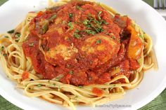 Easy Healthy Dinners: Crockpot Chicken Cacciatore - serve over phase-appropriate pasta (or quinoa, for D-Burn).