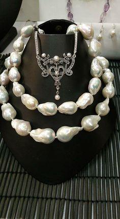 Gemella- Vicki and Kerrie Corney Australian Art, Creative People, Jewerly, Pearl Necklace, Fine Jewelry, Handmade Jewelry, Jewelry Design, Fashion Jewelry, Feminine