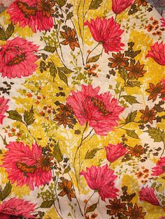 vintage fabric. Beautiful co;ors and a real good harmony in directions of the flowers.