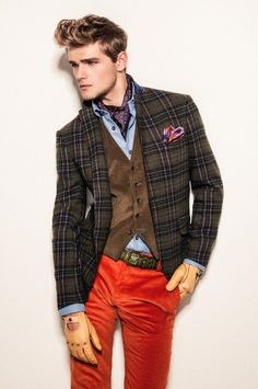 Rojo Note: layering, combination of color and coordination of.red, brown and blue. Mens Fashion Blazer, Preppy Mens Fashion, Men Fashion Show, Fashion Menswear, Fashion Boots, Fashion Fashion, Herren Outfit, Mens Fall, Men's Suits