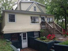 House For Sale in 44 Lynbrook Dr, Sound Beach, NY 11789
