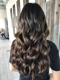 Photo of Minjoo Hair salons – Tustin, CA, United States. Caramel color bal… - All For Colors Hair Brown Hair Balayage, Balayage Brunette, Brunette Hair, Hair Highlights, Brown Blonde Hair, Blue Hair, Hair Color And Cut, Dark Hair, Hair Looks
