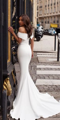 Wedding Dresses That Are Fancy. Find more: weddingdressesgui. Trumpet Wedding Dresses That Are Fancy. Find more: weddingdressesgui.Trumpet Wedding Dresses That Are Fancy. Find more: weddingdressesgui. Western Wedding Dresses, Princess Wedding Dresses, Elegant Wedding Dress, Modest Wedding Dresses, Bridal Dresses, Wedding Gowns, Prom Dresses, Romantic Dresses, Trumpet Wedding Dresses
