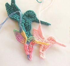 Crochet PATTERN - Instant Download for Hummingbird Ornament - Thread crochet applique pattern by susanlinnstudio on Etsy https://www.etsy.com/listing/65028714/crochet-pattern-instant-download-for