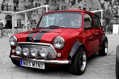 Mini Cooper- my original, and continuing dream car. Mini Cooper Classic, Mini Cooper S, Classic Mini, Classic Cars, Mini Cooper Tuning, Rover Mini Cooper, Retro Cars, Vintage Cars, My Dream Car
