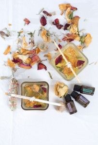 roll the wick down diy essential oil candles flowers_small