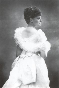 ca. 1885 Daisy, Countess of Warwick