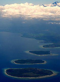Gili Islands Gunung Rinjiani, Lombok, Indonesia, via Flickr.