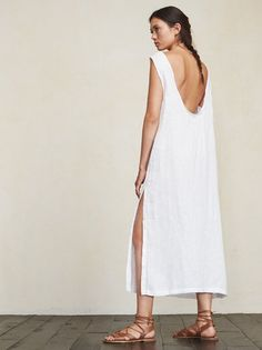 You don't want clingy relationships, and sometimes you don't want clingy outfits either. The Laguna Dress. https://www.thereformation.com/products/laguna-dress-playa?utm_source=pinterest&utm_medium=organic&utm_campaign=PinterestOwnedPins