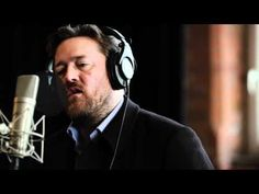 elbow - 'Lippy Kids' (Live at Blueprint Studios)One long June I came down from the trees And cursed on cue You were freshly painted angel walking on walls Stealing booze and outlawing hungry kisses Sound Of Music, Music Love, Music Is Life, Live Music, New Music, Guy Garvey, Rock Videos, Building For Kids, Sing To Me