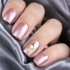 $1.49 10Pcs/set Gold Silver Spiral Round Nail Studs Charming 3D Nail Art Decoration - BornPrettyStore.com