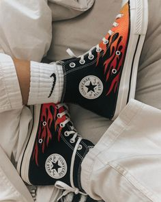 aesthetic shoes sneakers These shoes have been painted with posca paint markers or acrylics to create this flaming effect. Mode Converse, Sneakers Mode, Sneakers Fashion, High Top Sneakers, Fashion Shoes, Shoes Sneakers, High Heels, Shoes Jordans, Cool Converse High Tops