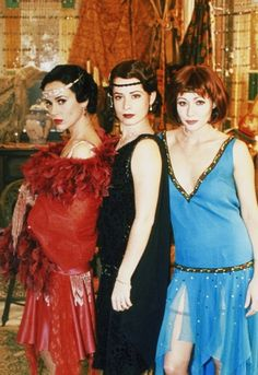 Alyssa Milano, Holly Marie Combs and Shannen Doherty in Charmed