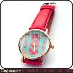 ¡Dale vida a tu muñeca con nuestro bonito #reloj con dibujos geométricos y correa roja! Un alegre complemento, cómodo y funcional, que combina a la perfección con prendas de estilo juvenil y desenfadado.  PRECIO: 12'95 € en http://www.conjuntados.com/reloj-con-dibujos-geometricos-y-correa-roja.html  #moda #accesorios #complementos #fashion #estilo #bisuteria #style #novedades #pymesunidas #watches #jewelry #tendencias #tendances #moda #mode