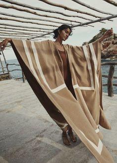 Elle Spain, Vogue Spain, Pooja Mor, Elle Us, Vogue Korea, Susa, Christy Turlington, V Magazine, Doutzen Kroes