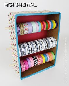 Organize your Washi Tapes with this lovely Washi Tapes Dispenser made from a box! Washi Tape Cards, Washi Tape Diy, Washi Tapes, Diy Washi Tape Dispenser, Craft Room Storage, Craft Organization, Diy Arts And Crafts, Diy Crafts, Teen Crafts