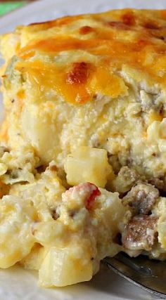 Easy Cheesy Southwest Breakfast Casserole ~ An easy to prepare, delicious, gluten free, crowd pleasing breakfast casserole with just a touch of heat.