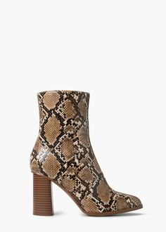 Snake-effect ankle boots - Shoes for Women | MANGO