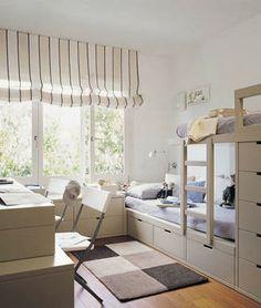 Un lit superposé original et bien pensé pour le rangement #bedroom #Kids # interiors # chambre d'enfant