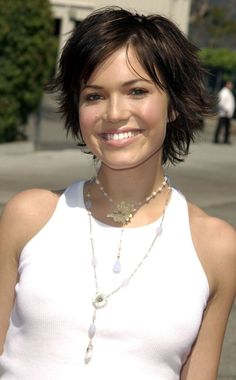 mandy moore shag hairstyle