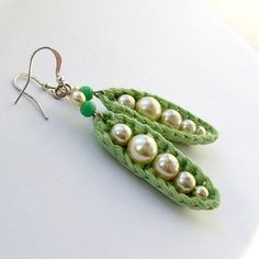 Brincos Crochê em Pérola - / Crochet earrings in Pearl -