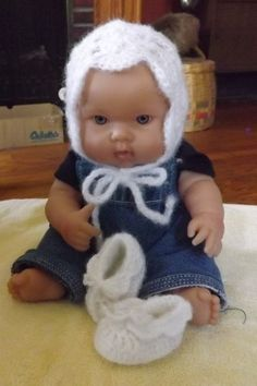Soft and lacy white bonnet and booties set by NutHouseKnots on Etsy
