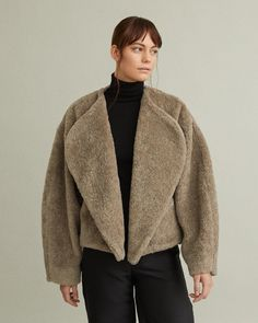 Open faux fur jacket with rounded lapels. Rounded lapels Drop shoulder Loose fit Slightly ballooned sleeves Acrylic Polyester Wool Model is 178 ft 10 in and is wearing a size S Winter Jackets Women, Faux Fur Jacket, Designing Women, Fashion Brands, Winter Fashion, Lapels, Apothecary, My Style