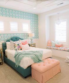 Quarto bem fofineo//Amo esses sofazinhos na janela