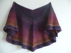 Shawl made of Lang Yarns Tosca Light and Kauni Effect Yarn