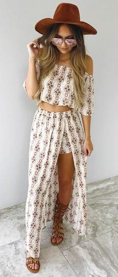summer outfits  Brown Hat + White Printed Crop Top + Printed Maxi Skirt