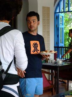【今すぐ着替えたい】外国人が着ていた日本の変なTシャツ14連発   COROBUZZ