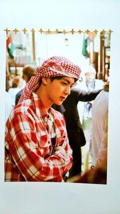 I want to go on a holiday with this man so badly ♡ Jin Abaya Dubai, Seokjin, Kim Namjoon, Hoseok, Jin Kim, Bts Jin, Bts Bangtan Boy, Park Ji Min, Namjin