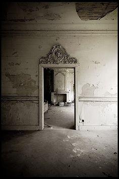 #distressed peeling plaster walls