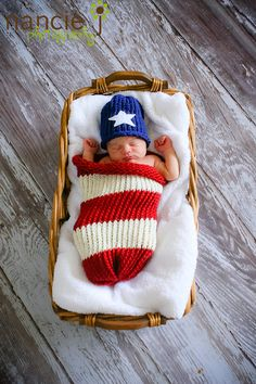 Patriotic baby photo idea I like this for my future niece or nephew!