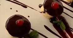 Delicatessen Oeste Portugal. Book a Private Chef for your Dinner Party. An amazing and delicious experience made with specially chosen fresh ingredients | Reserve um Chef para o seu Jantar Especial. Uma experiência incrível e deliciosa preparada com ingredientes frescos e seleccionados #villachefportugal #privatechefportugal #privatecheflisbon #privatechefalgarve #personalchefportugal Private Chef, Portugal, Cherry, Pudding, Yummy Food, Fresh, Chocolate, Amazing, Desserts