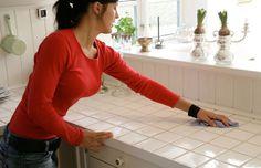 Rengøringstip: Sådan holder du støvet væk i lang tid Home Hacks, Home Organization, Organizing, Clean House, Cleaning, Monet, Household Tips, Ideas, Home Cleaning