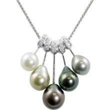 To match my engagement ring :) White Gold Multi-Colored Tahitian Pearl and Diamond Pendant Pearl Jewelry, Diamond Jewelry, Jewelery, Pearl Necklace, Fine Jewelry, Necklace Set, Gold Initial Pendant, Initial Pendant Necklace, Pearl Diamond