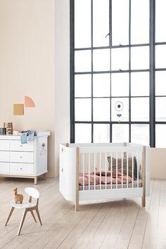 weisse eichebaby mobelskandinavische mobelolivenmatratzecoole kinderbett kinderzimmerdanisches designteppiche
