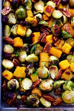Maple Roasted Brussels Sprouts and Butternut Squash - could there be a better Thanksgiving side? Maple Roasted Brussels Sprouts and Butternut Squash - could there be a better Thanksgiving side? Sprout Recipes, Vegetable Recipes, Vegetarian Recipes, Vegetarian Cooking, Fruit Recipes, Quick Recipes, Pumpkin Recipes, Recipies, Thanksgiving Recipes