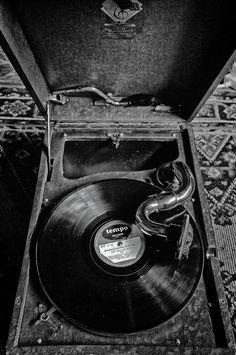 Humphrey Lyttleton 78 on Tempo. #vintage #gramophone #78record #78records #djculture #vintagejazz #cornwall #dj #vintage #wedding #weddings