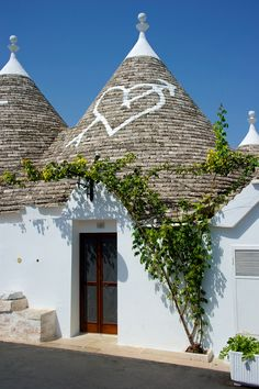 "The typical ""Trulli"" houses of #Alberobello #Italy are really LOVELY :-) #ModusItinerandi"