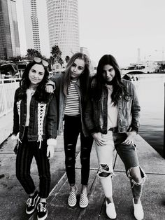 @tumblrxbabe13 ★ Bff Pictures, Bff Pics, Insta Goals, Good Energy, Girl Gang, More Fun, Cool Kids, Blue Grey, Girlfriends