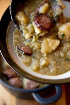 German Oktober-Fest-Stew....Smoked Sausage, Garlic, Potatoes, Lager Beer, Apple Cider Vinegar, and Parsley! Sausage Stew, Potato Soup With Sausage, German Potato Soup, Kielbasa Soup, Chicken Sausage, Veggie Sausage, Sausage Potatoes, Stewed Potatoes, Turkey Sausage