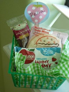 lunch for kids party, would probably do some different items but I love the idea