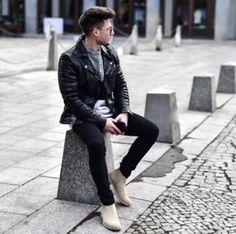 Photo poses for boy, boy poses, male poses, photography poses for men, men Photo Poses For Boy, Boy Poses, Poses For Photos, Male Poses, Model Poses Photography, Urban Fashion Photography, Pic Pose, Men Photoshoot, Instagram Pose
