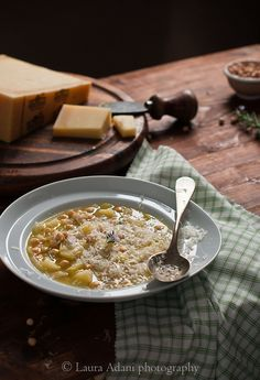 Chickpea and leek soup with sbrinz cheese