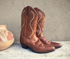 Vintage Justin Women's size 7.5 B cowgirl boot, brown leather boots, cowboy boot Women, Western boot